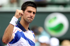 novak_djokovic_white_red_blue_sergio_tacchini_winner_of_sony_ericsson_open_miami_masters_2011[1].png