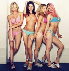 spring-breakers-image09[1].jpg