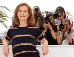 French actress and Jury president Isabelle Huppert KEYSTONE CHRISTOPHE KARABA.png