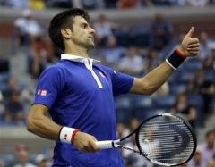 ap-djokovic-routs-defending-champ-cilic-in-us-open-semifinal[1].jpg